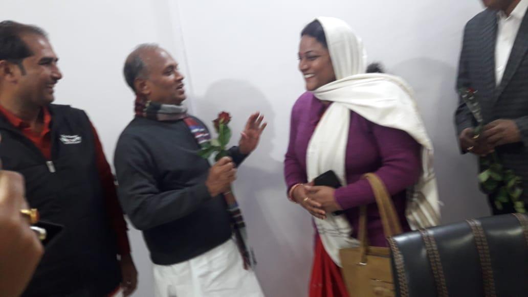 जगदीशपुर नपं को नगर परिषद बनाने को लेकर सूबे के डिप्टी सीएम से मिलेंगी सुषुमलता, आरसीपी सिंह को बधाई देने पहुंची पटना