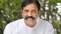 Vairamuthu takes the place of past poet Na.Muthukumar