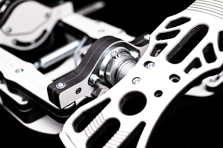 mfg-crosswind-rudder-pedals-6.jpg