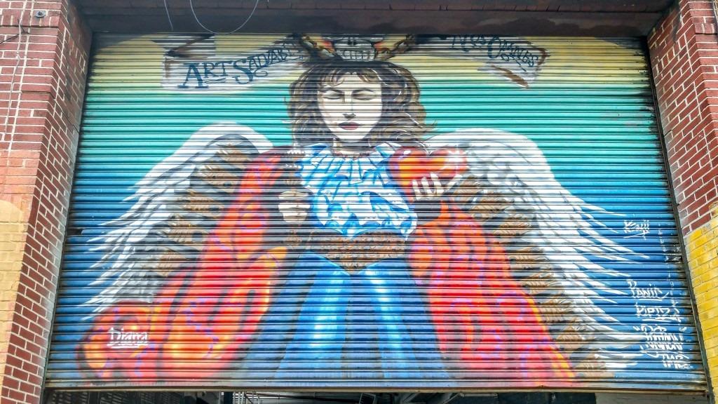 [street-art-331-queens-9-1024x576%5B2%5D]