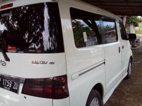 Armada Travel Bwi Banyuwangi - Daihatsu Luxio