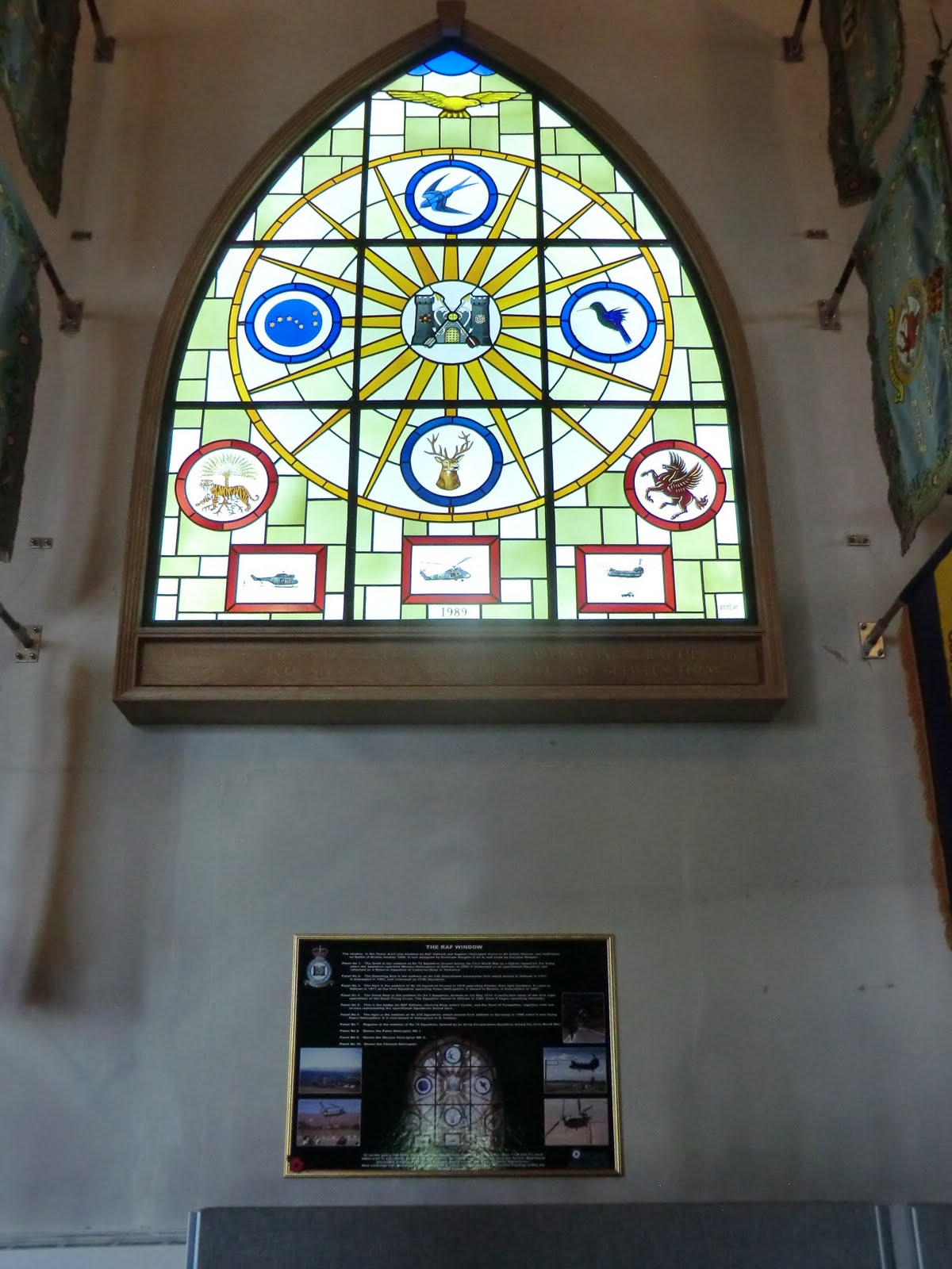CIMG8804 RAF window, Odiham church