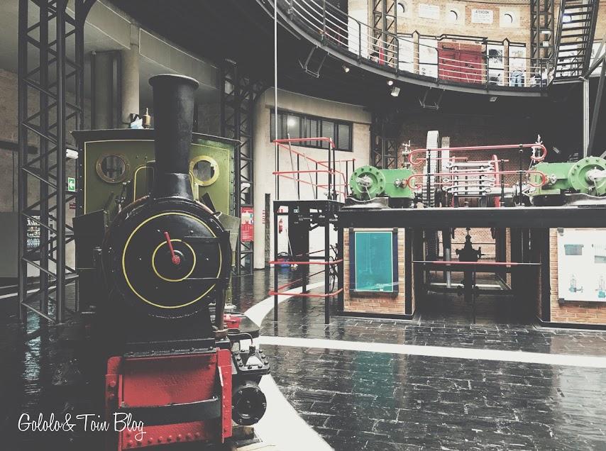 Grandes máquinas en el Museo de la Minería de Asturias