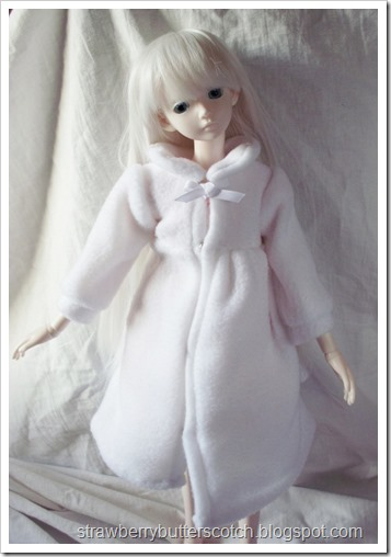 Ball Jointed Doll wearing a White Fleece Coat