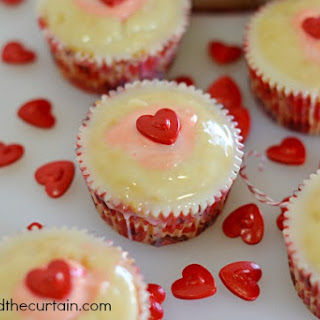 Strawberry Pudding Filled Cupcakes