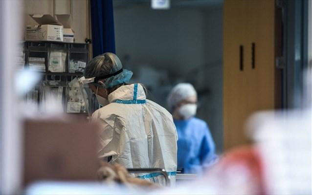 Σε αναστολή εργασίας χιλιάδες ανεμβολίαστοι υγειονομικοί