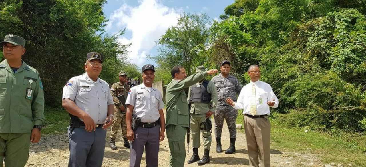 Medio Ambiente, el SENPA y la Policía Nacional hacen recorrido en Palavé y Lechería, Manoguayabo