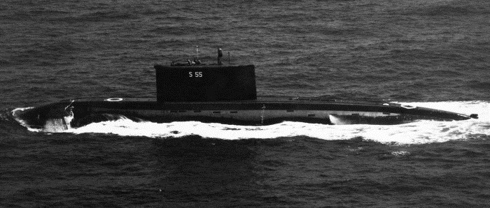 INS Sindhughosh - S55 - Kilo-Class Submarine - Indian Navy - 01 - TN
