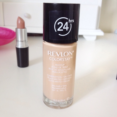 Revlon-Colorstay-Foundation-Review