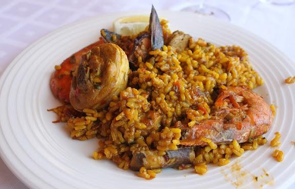 Restaurant El Carmen Cala d'Hort.jpg