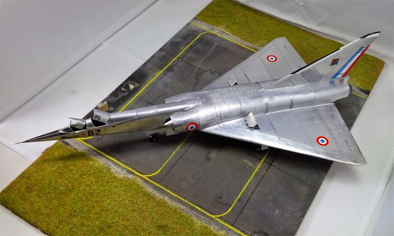GAMD Mirage IV B. Un gros mirage IV, en scratch et au 72 IMG_20141007_191603