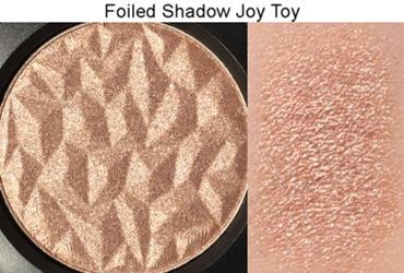 JoyToyFoiledEyeShadowMAC6
