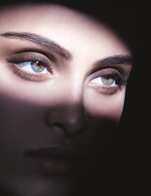 Eye_Tint_Smoky_Neutrals_Visual_c_David_Sims