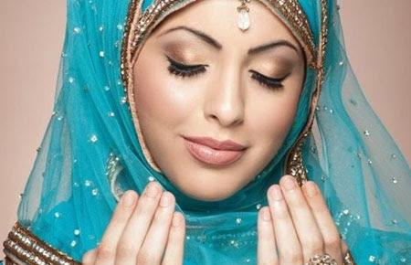 Wanita-Wanita Yang Penuh Barokah dan Mendapat Anugerah Allah