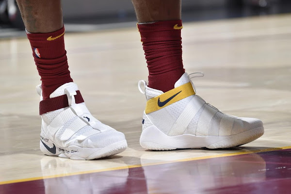 LBJ Rocks Shoe 26 in Game 27 with First Nike Soldier 11 PE