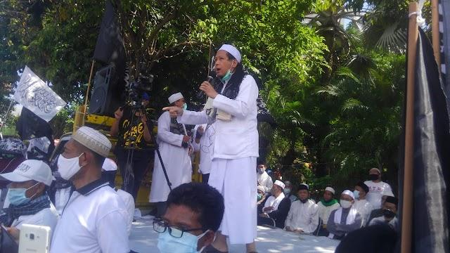 KH Thoha Cholili: Aksi Bela Nabi Bukti Cinta kepada Rasulullah SAW