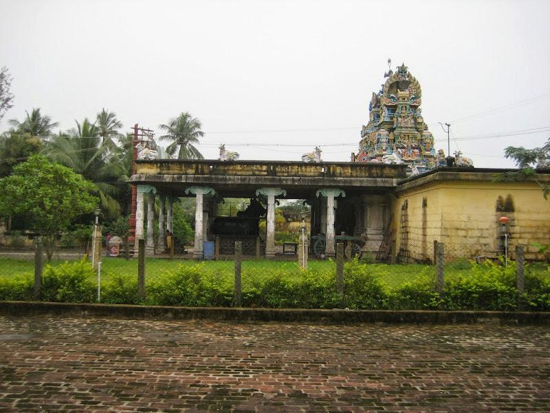 Sri Sivaloganathar Temple, Tirupunkur, Sirkazhi - 275 Shiva Temples