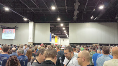 45 minutes later, 15 minutes until the doors open, and we have a queue of rows behind waiting to join us for GABF 2015
