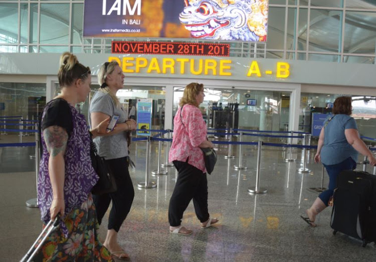 Indonesia Re Opening Bali Airport Shut By Volcanic Ash