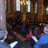 Kindje wiegen St. Agathakerk 2013 - PC251126.JPG
