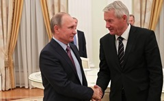Vladimir-Putin-Thorbjorn-Jagland-7