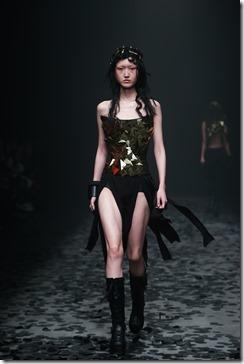 Mercedes-Benz China Fashion Week_GarethPugh3