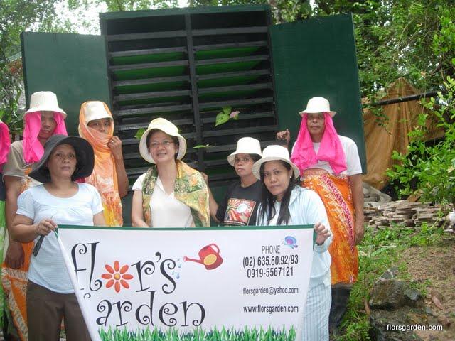 Flors Garden Staff - DSCN1816.JPG