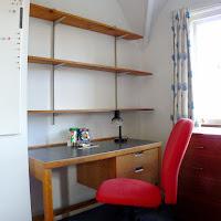Room O-Desk