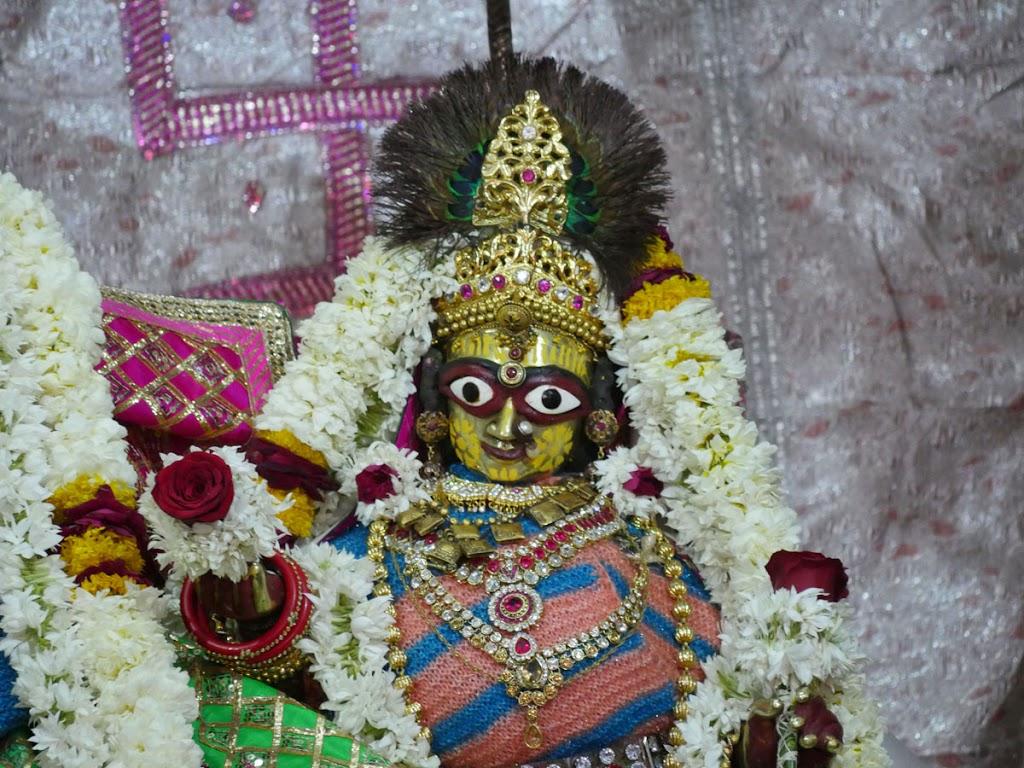 Radha Govind Devji Deity Darshan 07 Jan 2017 (11)