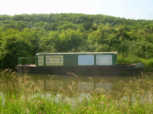 The Three Shires narrowboat