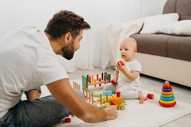 إختيار اللعبة المناسبه لطفلك في عامه الأول