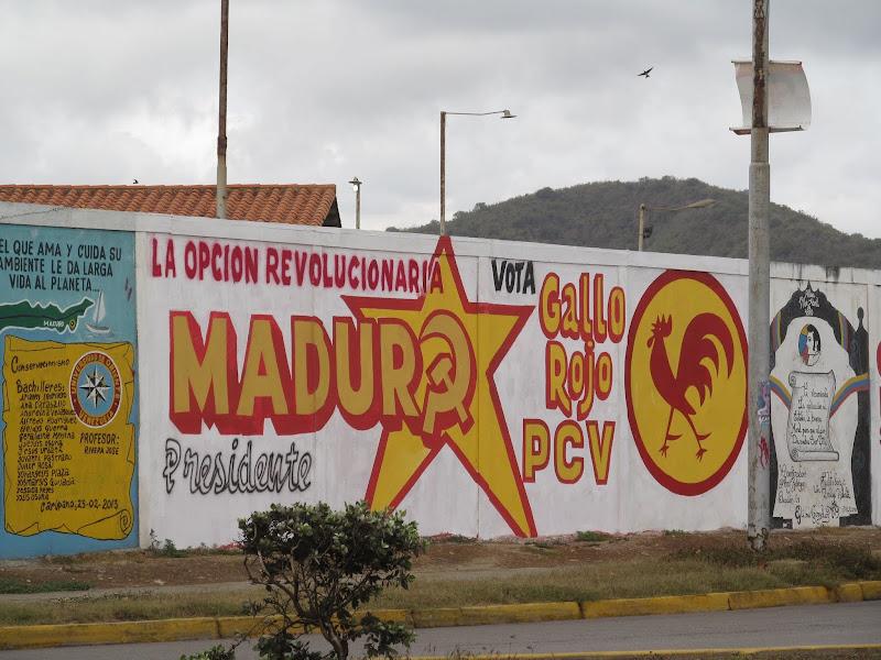 Hugo Chavez vive, la lucha sigue!