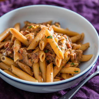 Penne Boscaiola (Woodsman-Style Pasta With Mushrooms and Bacon).