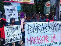 Aksi unjuk rasa dari Aliansi Bara-barayya Bersatu di Kota Makassar.