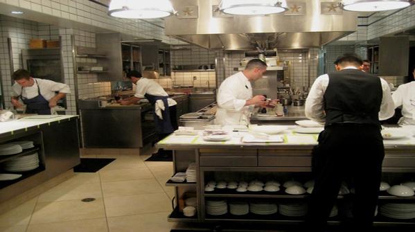 Ambiente e salute marzo 2011 - Norme igienico sanitarie per le cucine di ristoranti ...