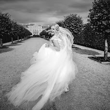 Wedding photographer Marat Grishin (maratgrishin). Photo of 05.12.2017