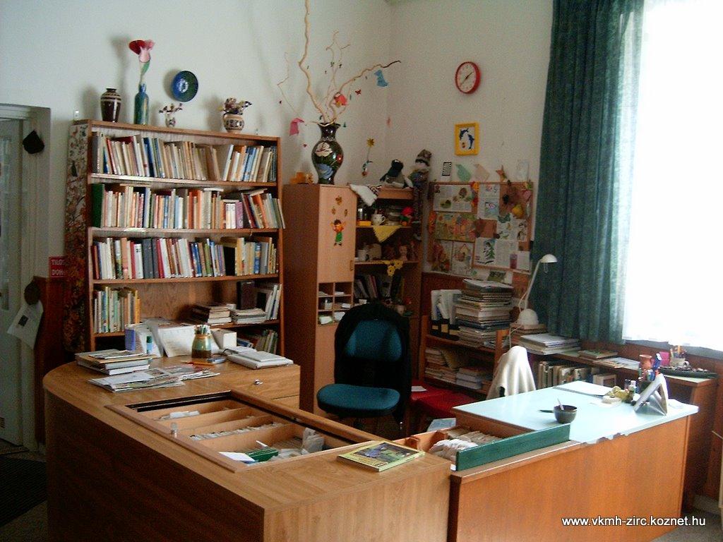 2005 gyerekkönyvtár.JPG rel=