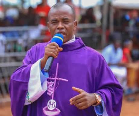 Father Mbaka Speaks On #EndSARS Protest (Video)