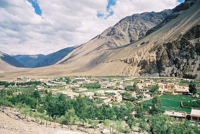 800px-Tabo_Village_in_Spiti
