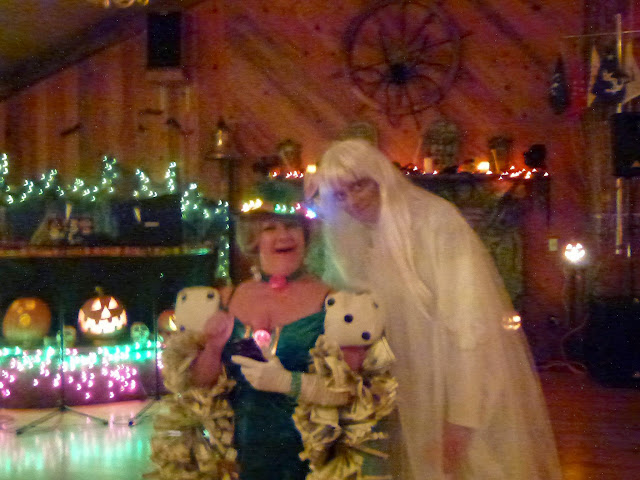 2014 Halloween Party - P1030934.JPG