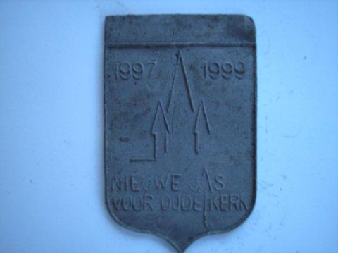 Naam: OnbekendPlaats: DelftJaartal: 1997-1999Bijz: Nieuwe jas voor oude kerk