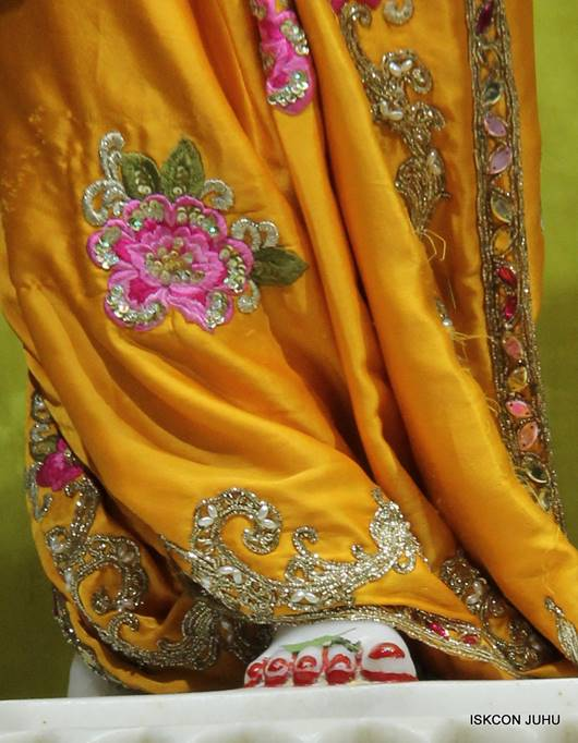 ISKCON Juhu Mangal Deity Darshan 05 Mar 2016 (27)