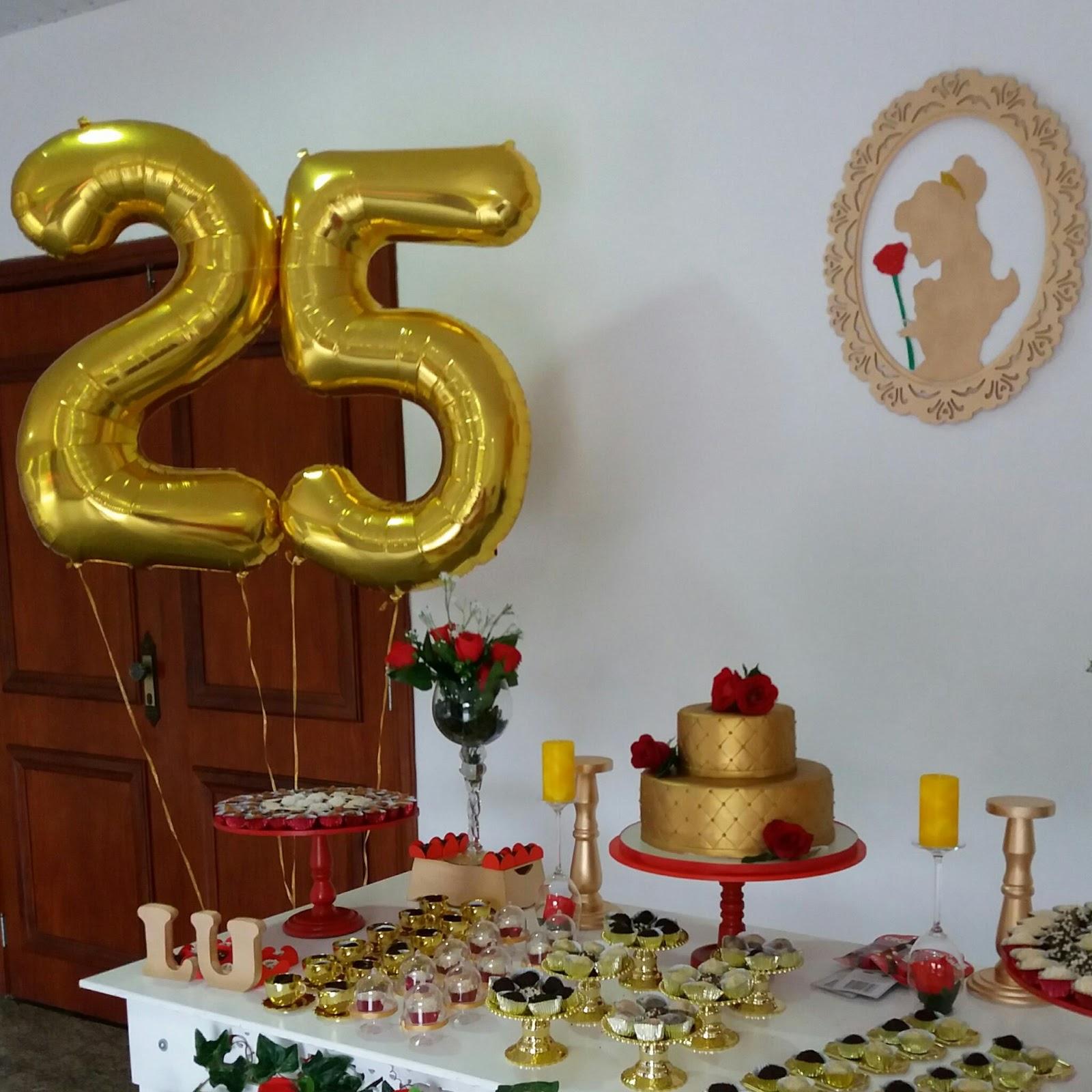Decoração - Feita com carinho pela família da aniversariante. Balões - Loja  de artigos para festas Ratibum localizada na Rua voluntários da Pátria  Botafogo. 755ff5553e4e2