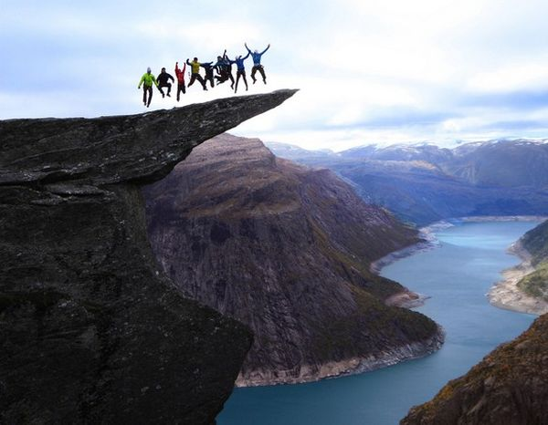 6_Jumping on the Trolltunga rock in Norway
