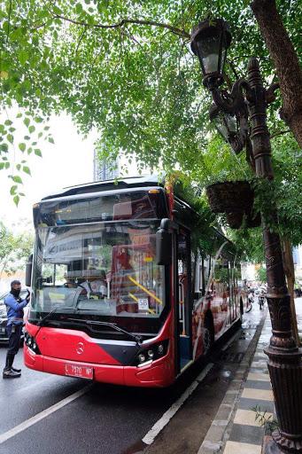 Naik Bus Bayar Pakai Sampah Plastik, Inovasi Kota Surabaya Ciptakan Lingkungan Bersih