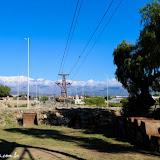 Torres que sobem a montanha do Cable Carril - Chilecito, Argentina
