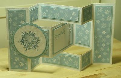 Luminen Tri Shutter -joulukortti