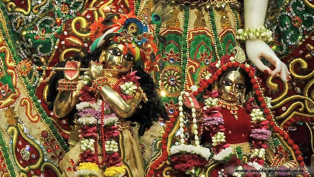 ISKCON Chowpatty Deity Darshan 19 Dec 2015 (6)