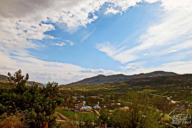 panorama corbii de piatra