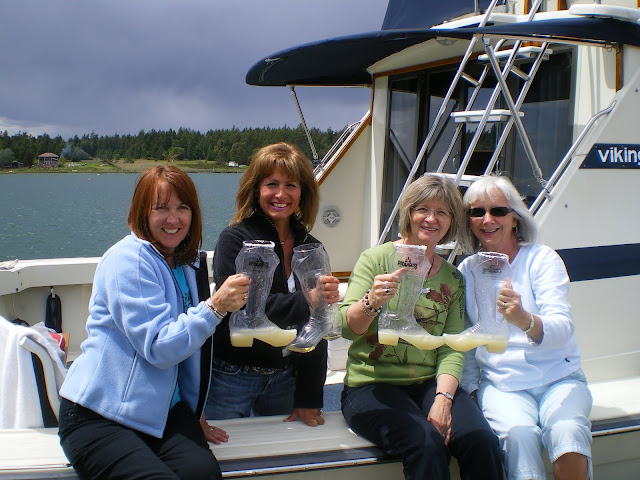2010 Ladies Cruise - cam%2Bdownload%2B094.JPG